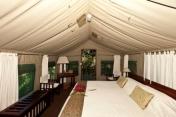 ichingo-chobe-river-3-tent