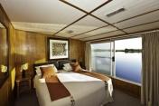 ichobezi-safariboat-2