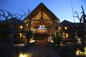 kapama-river-lodge-spa-suite-entrance-29