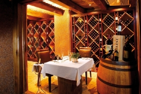 kapama-river-lodge-wine-cellar-49